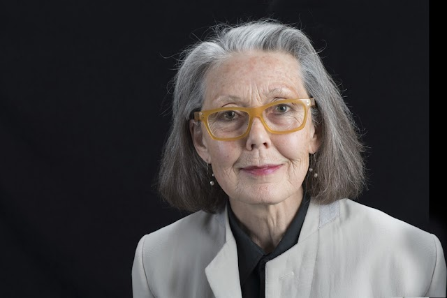 Anne Carson kanadai költő az irodalmi kategória idei nyertese