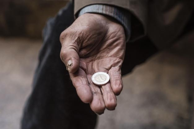 Kapan Orang Miskin Lebih Utama dari Orang Kaya?