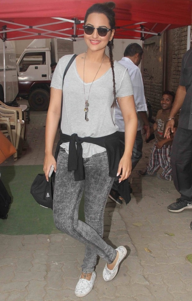 Sonakshi Sinha Smiling Face With Glass Images In Blue Top Black Jeans