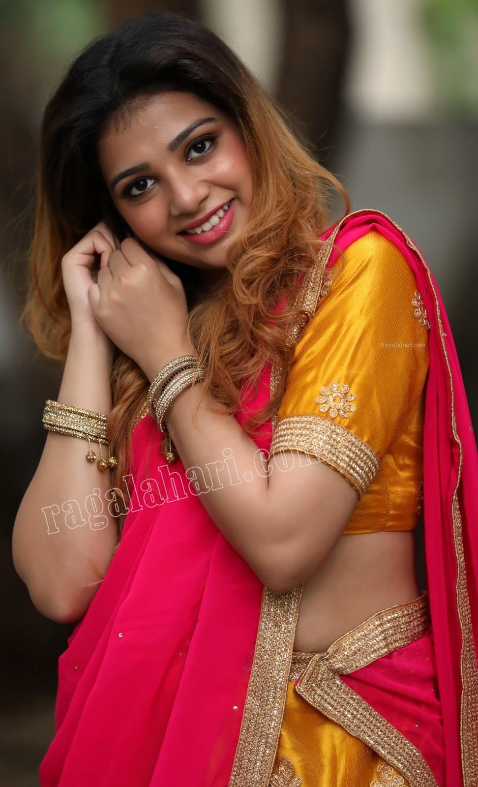 saree half nude photo