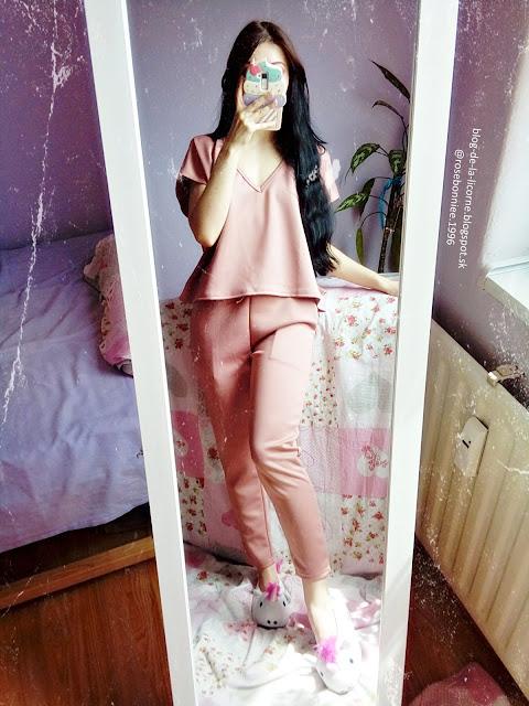 Femme Luxe Finery Rose V-Neck Boxy Loungewear Set - Estelle Review Blog de la Licorne
