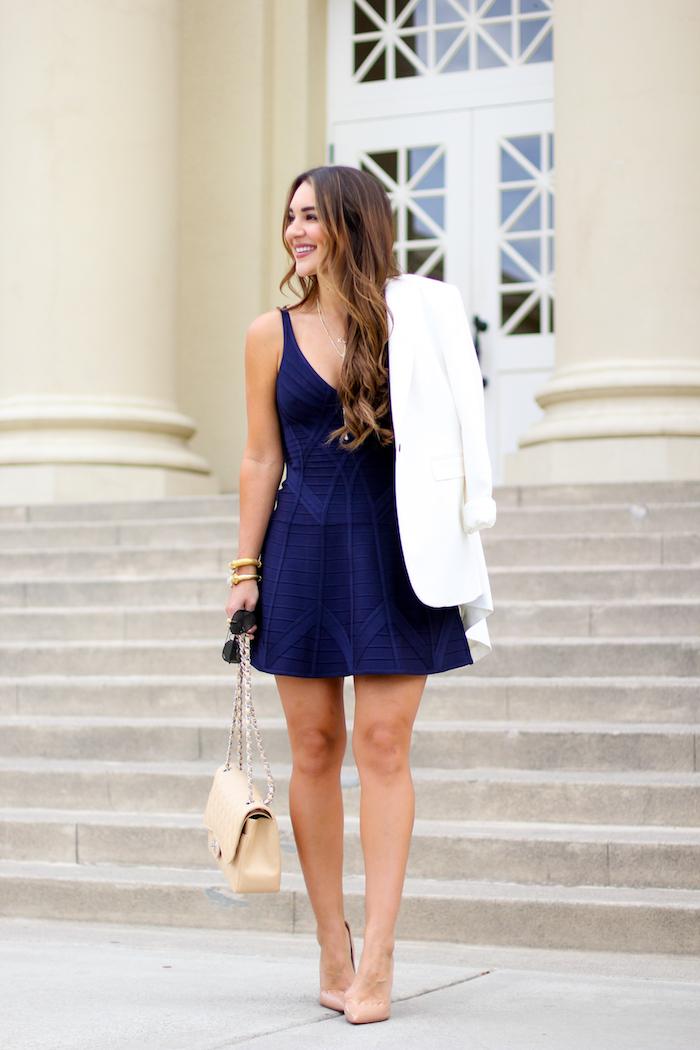 664b7ff8b30e05 Aby osiągnąć taki efekt, załóż ciekawy kombinezon, zamiast prostej sukienki  wybierz taką o ciekawym princie lub kroju, a do eleganckiej spódniczki czy  ...