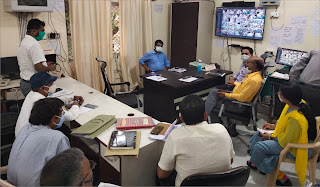 डीएम ने इण्टीग्रेटेड कोविड कमाण्ड एण्ड कण्ट्रोल सेण्टर में की समीक्षा बैठक | #NayaSaberaNetwork