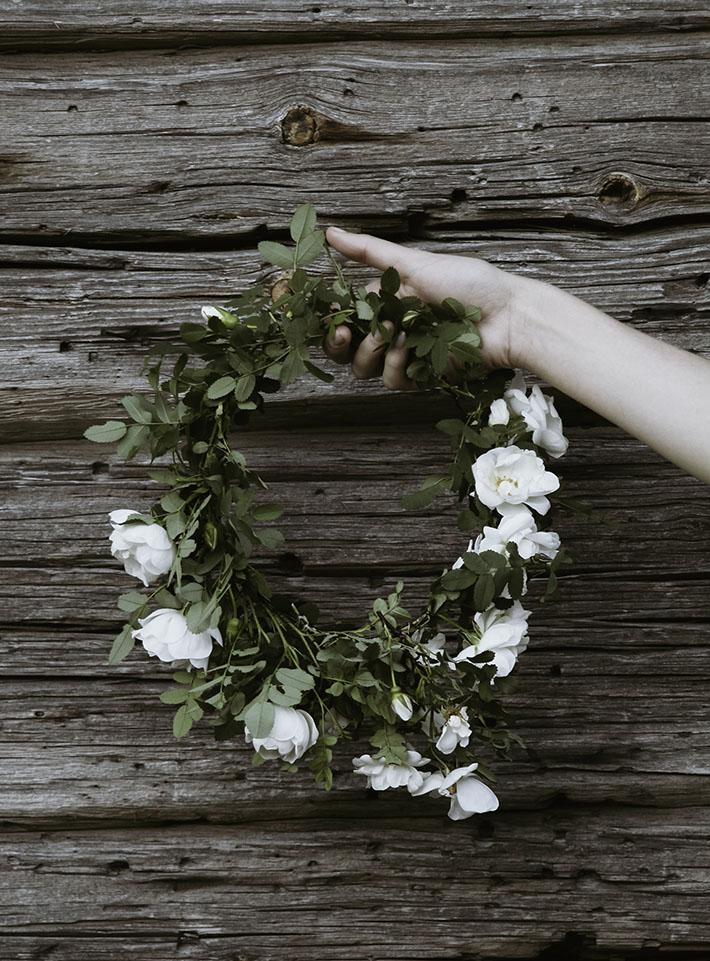 Itsetehty, kukkaseppele, ruusu