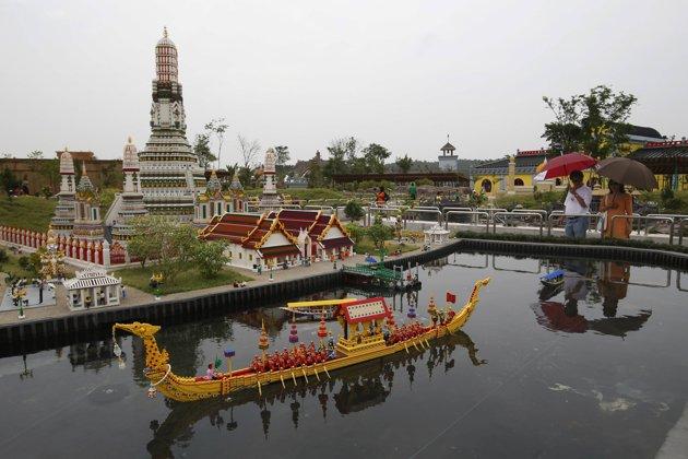 Legoland Malaysia (Asia's first Legoland theme park ...
