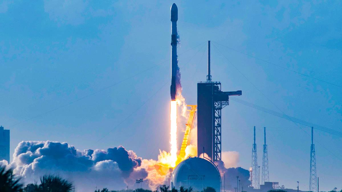 SpaceX coloca, com sucesso, mais 60 satélites Starlink em órbita