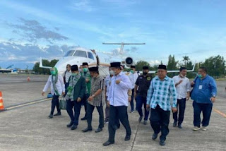 Miris! Rakyat Sedang Berjuang dalam Kesusahan, Ketum PPP Konsolidasi Pakai Jet Pribadi