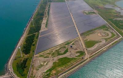 台電「彰濱雙綠能」完工 年發電量逾3.4億度