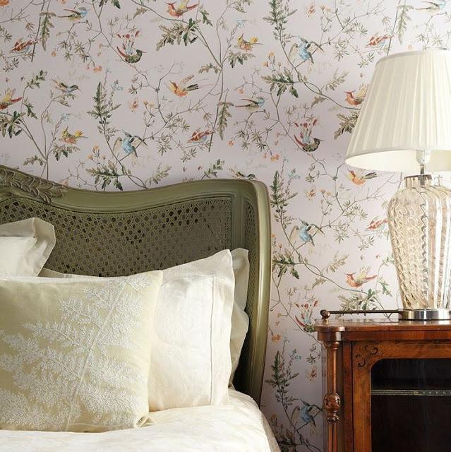 Wallpaper Dinding Kamar Tidur Remaja Perempuan Motif Dedaunan