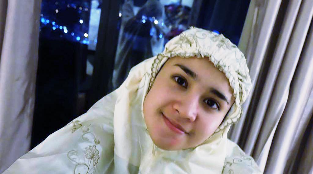 Artis FTV Manis - Michelle Ziudith ingin Berangkat Haji Sama Keluarga Tahun Ini pake mukena dan hijab manis cute