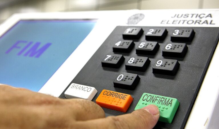PSDB vai colocar pesquisa nas ruas de Mossoró.