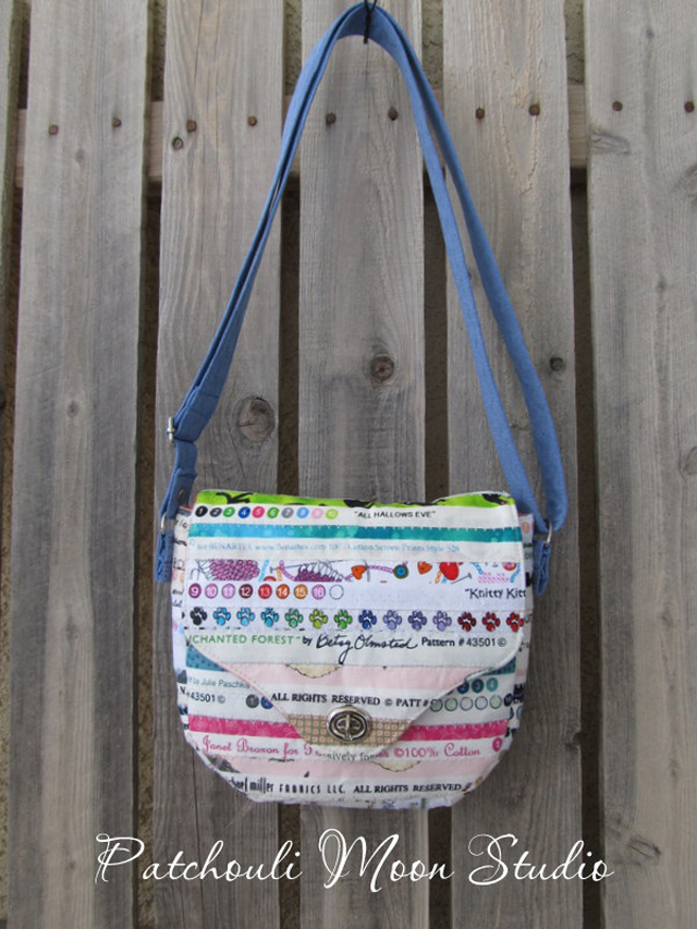 The Emma bag made from selvedge fabric. Sewn by Patchouli Moon Studio. Pattern by ChrisW Designs.