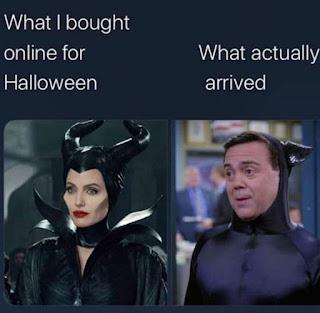 Halloween Costume Meme by @blackmoonthread.ig on Instagram