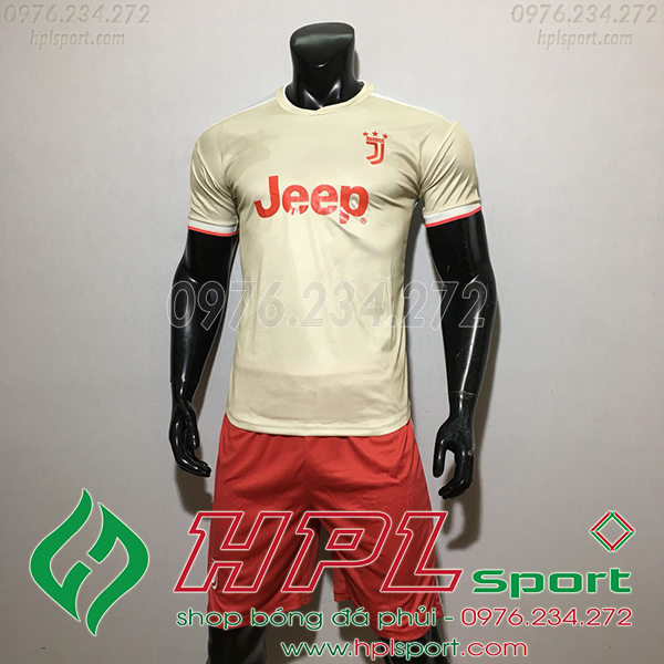 Áo CLB Juventus màu trắng  2020