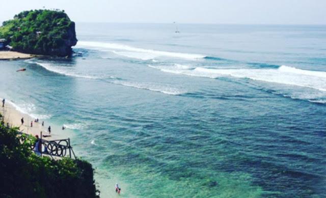 Wisata Pantai di Yogyakarta