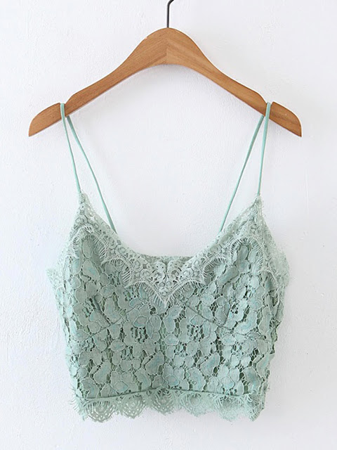 http://it.shein.com/Lace-Crop-Cami-Top-p-359983-cat-1779.html?utm_source=unconventionalsecrets.blogspot.it&utm_medium=blogger&url_from=unconventionalsecrets