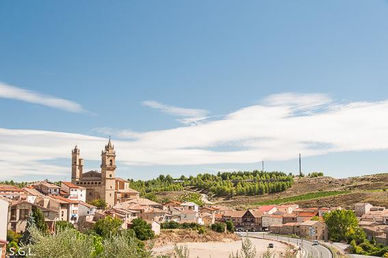 Elciego y la iglesia de San Andres. La rioja alavesa