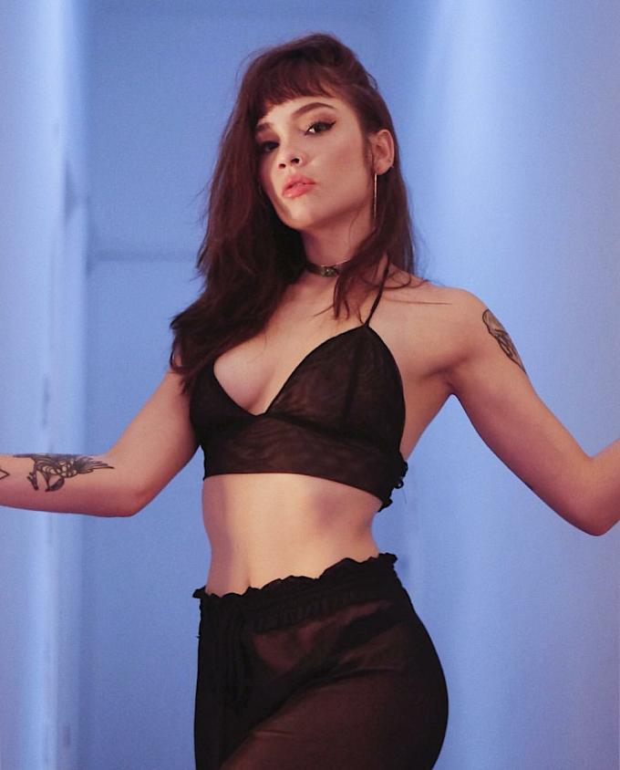 Em novo single, Jade Baraldo usa da melancolia para falar de um amor que se foi; confira