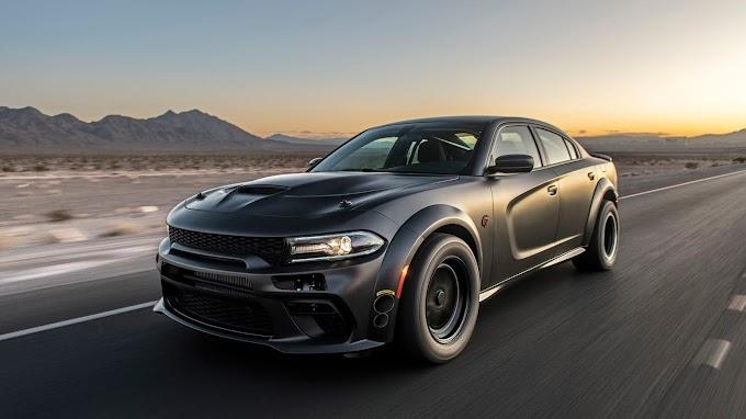 Carro Tunado Dodge Charger