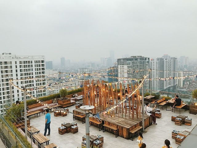 Trill Rooftop Cafe – Place to see Hanoi from above