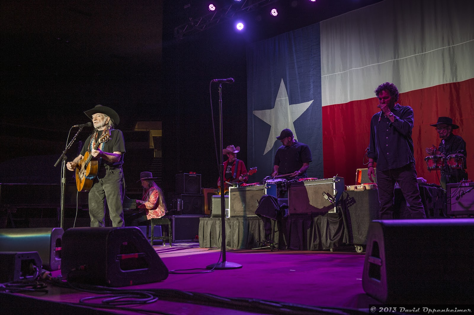 Willie Nelson Amp Family 80th Birthday Tour Concert Photos