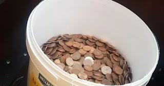 30 quilos de moedas de 5 centavos, foi assim que este patrão pagou a rescisão de um ex-funcionário
