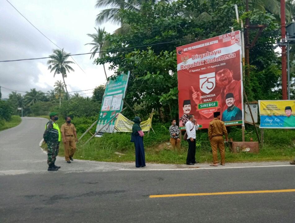 Sukseskan Pilkada, Babinsa Desa Tanjung Pantau dan Monitoring Pemasangan APK Yang Melanggar Aturan