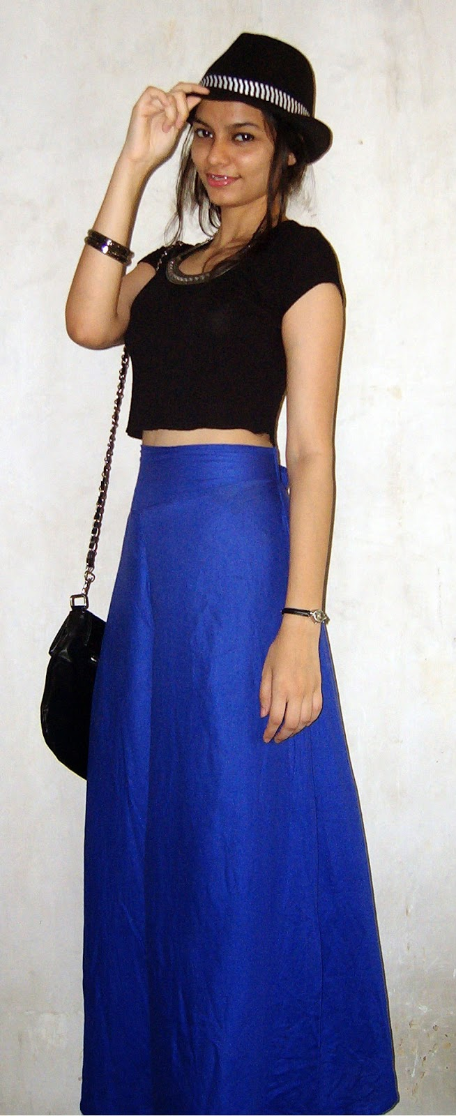 palazzo pants, croptop, black basic crop top, how to wear palazzo pants with croptops, short tops, mumbai fashion blogger, mumbai streetstyle