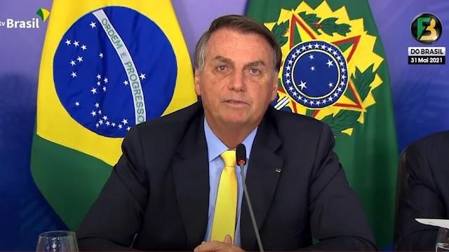 Novo Bolsa Família de R$ 300 está 'praticamente acertado', diz Bolsonaro