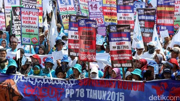 Buruh Aksi Tolak Omnibus Law-Tuntut UMP Naik di Istana dan MK Besok