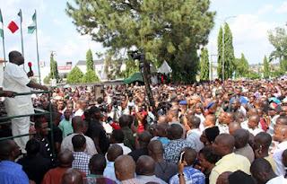 Okezie Ikpeazu addressing Abia people