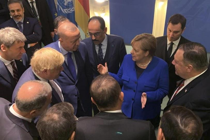 Το διπλό παιχνίδι του Ερντογάν δεν μπορεί να αποτελέσει άλλοθι για τη Γερμανία