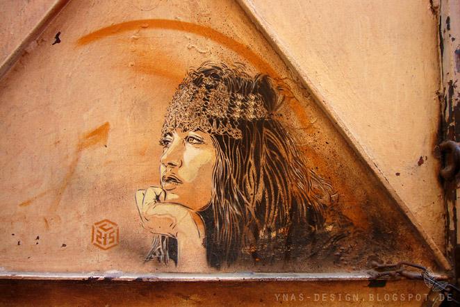 Marrakesch, Zeichnung auf Tor