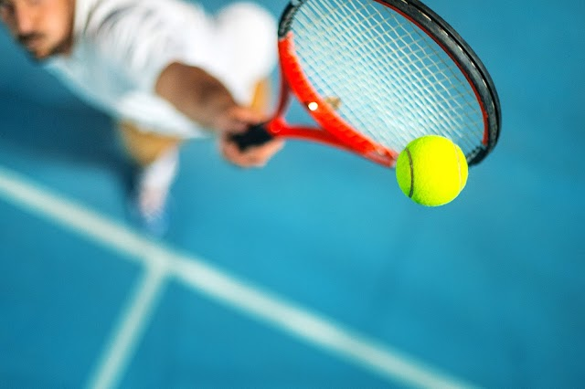 Παίζουμε τένις ή πάμε στοίχημα;