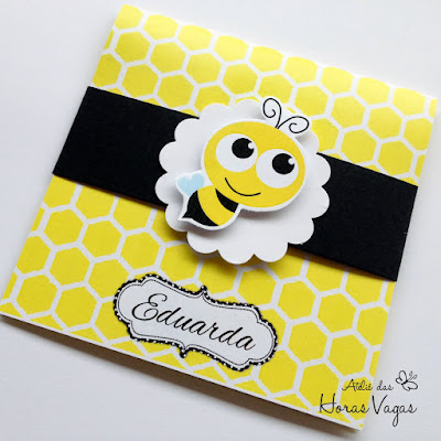 convite aniversário infantil artesanal personalizado abelhas abelha abelhinha jardim favo de mel colmeia amarelo