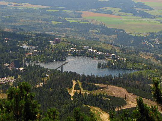 Szczyrbskie Jezioro (słow. Štrbské Pleso).