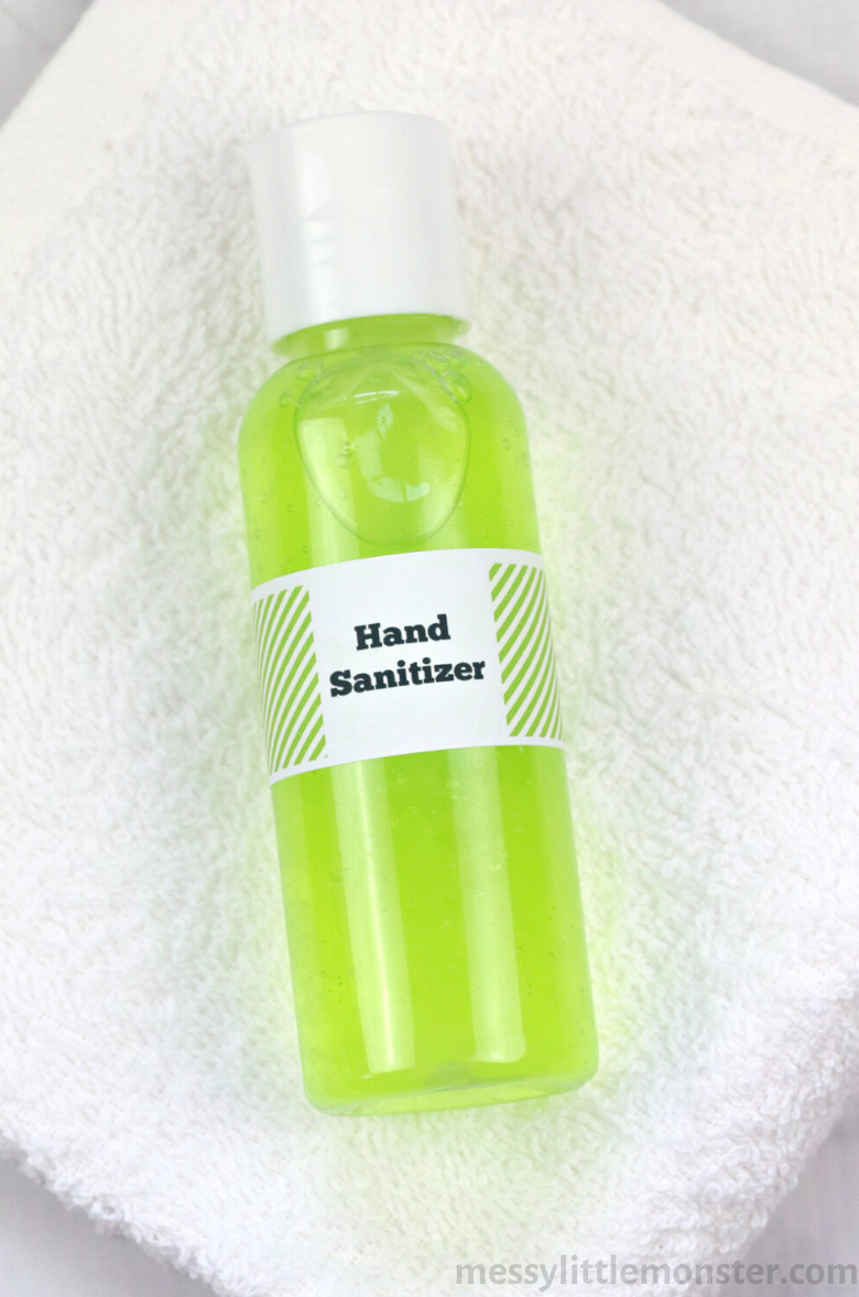 Moisturizing homemade hand sanitizer recipe