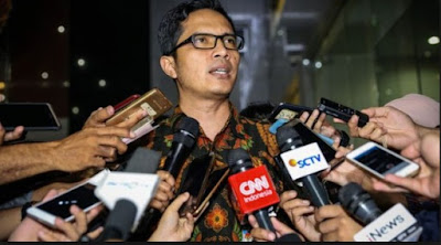 Usai Serahkan Diri, Wali Kota Blitar Diperiksa Intensif KPK