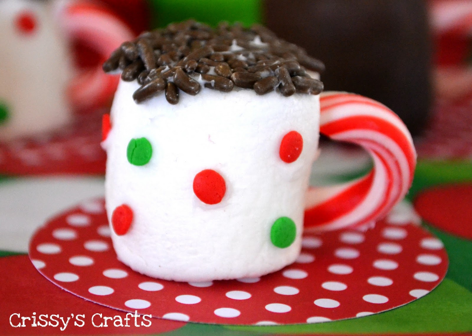 DIY Edible Hot Cocoa Mug Mini-Desserts - via BirdsParty.com