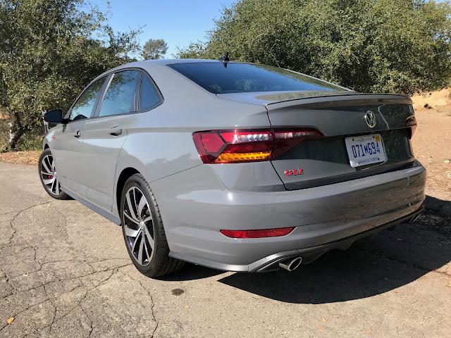 Rear 3/4 view of 2019 Volkswagen Jetta GLI
