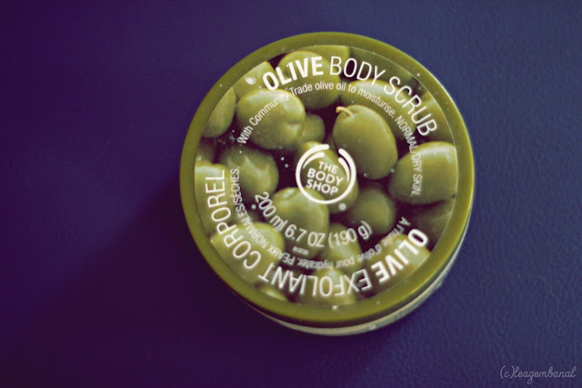 The Body Shop : Olive Body Scrub Review