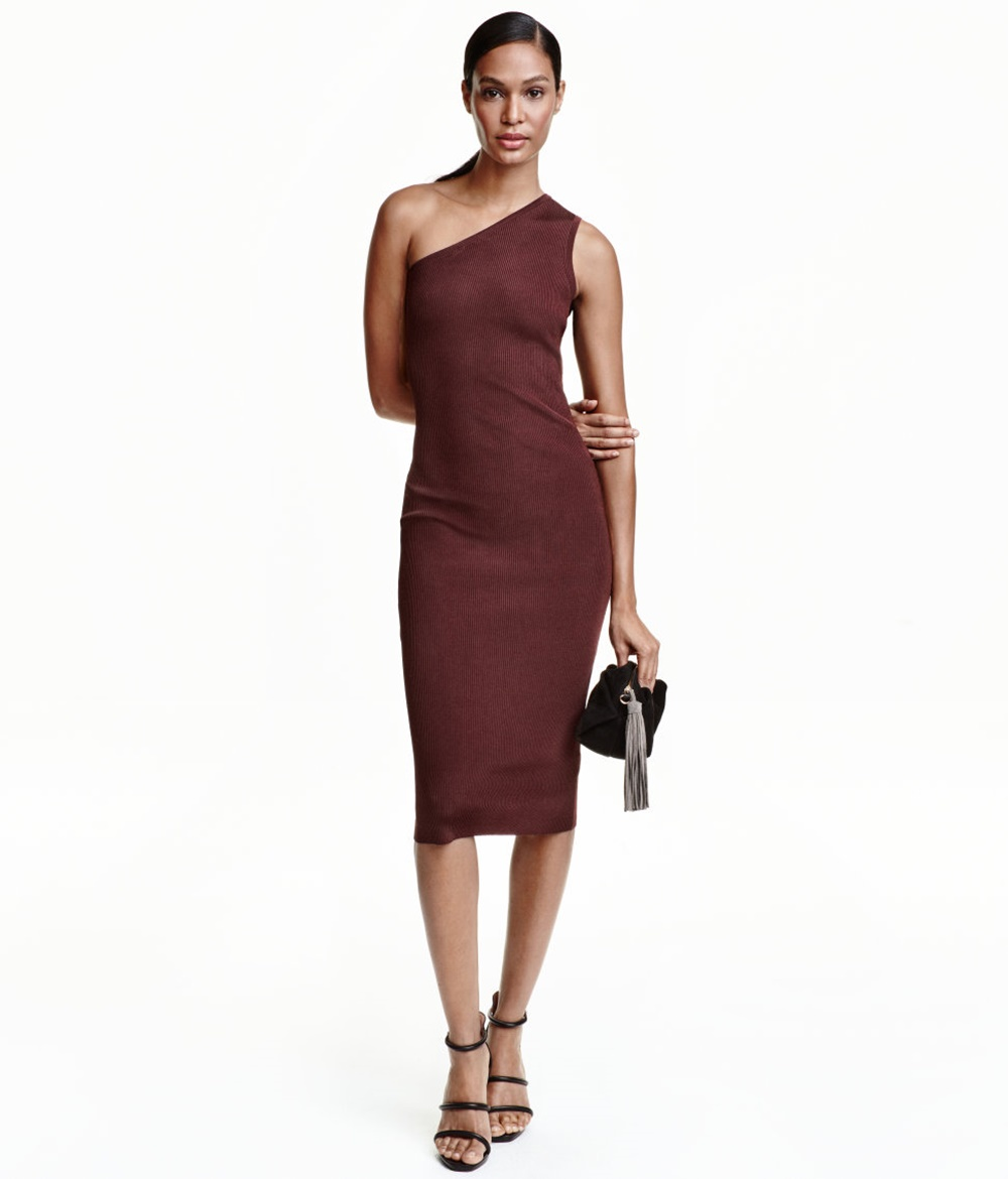 One Shoulder Kleid von H&M, um 35 Euro, bordeaux red
