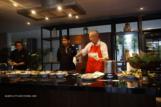 Live Cooking Demo with Chef William Wongso at the Arsana Bali - Seminyak