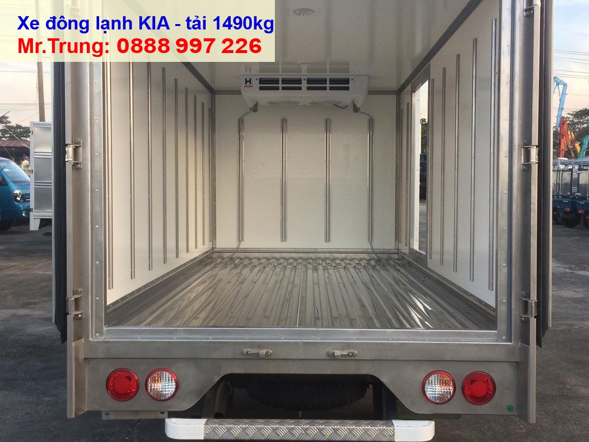 xe-tải-Kia-Thaco-K200-đông-lạnh-tải-trọng-1.49-tấn