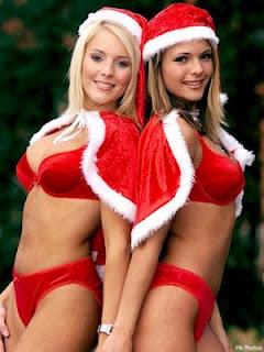 Sexy santa babes