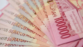 Fungsi Asli dan Fungsi Turunan Uang