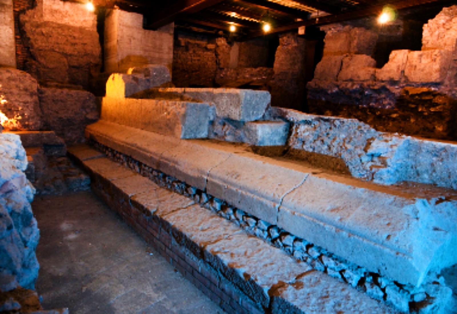Domenica 8/03/20, h 15.30 I sotterranei dell'Isola Tiberina - Visita guidata con prenotazione obbligatoria