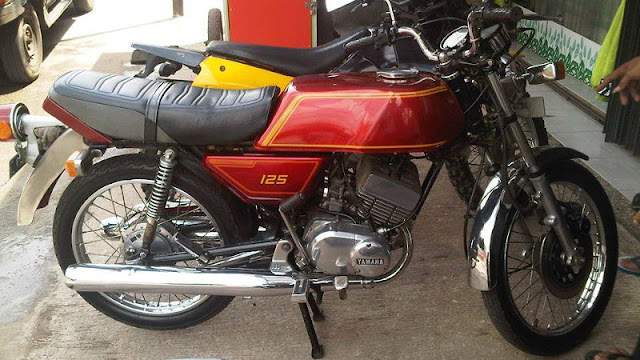 Yamaha RD125 RX twin