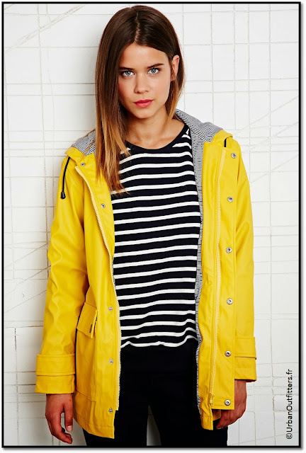 ciré jaune imperméable Petit bateau Urban Outfitters