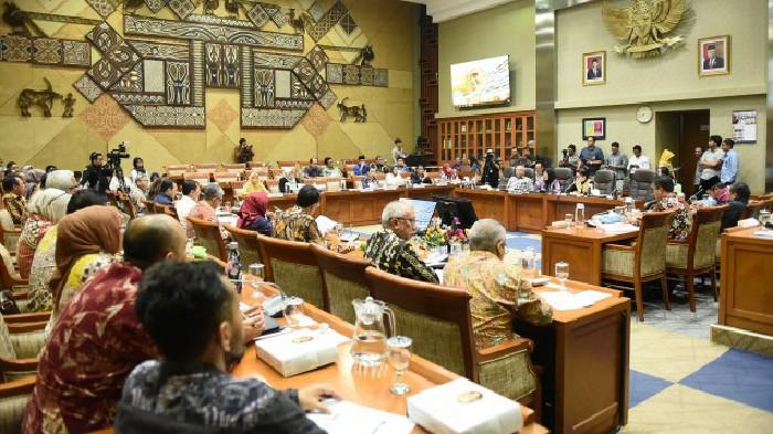 Konsisten, Komisi IX Minta BPJS Tak Naikkan Iuran Kelas III